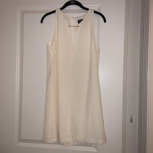 White Near or Bar Cream Shift Dress